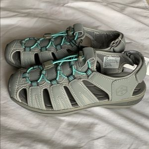 NWT KHOMBU | Active sandals